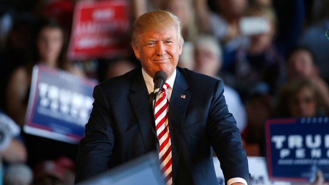 GRAND JUNCTION, CO - OCTOBER 18: Republican presidential candidate Donald Trump approaches the podium to speak at a rally on October 18, 2016 in Grand Junction Colorado. Trump is on his way to Las Vegas for the third and final presidential debate against Democratic rival Hillary Clinton. (Photo by George Frey/Getty Images)
